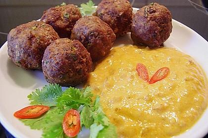 Duftende Thai - Fleischbällchen mit Erdnuss - Sauce 2