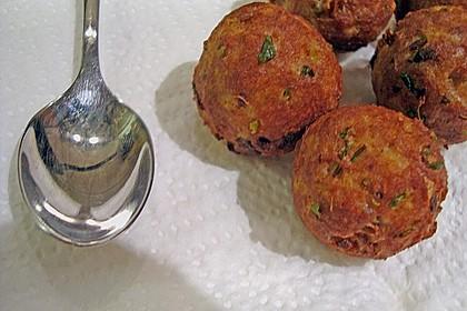 Duftende Thai - Fleischbällchen mit Erdnuss - Sauce 10