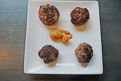 Duftende Thai - Fleischbällchen mit Erdnuss - Sauce 9