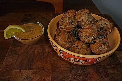 Duftende Thai - Fleischbällchen mit Erdnuss - Sauce 3