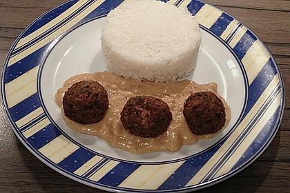 Duftende Thai - Fleischbällchen mit Erdnuss - Sauce 6