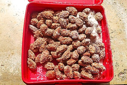 Gebrannte Mandeln mit wenig Zucker 14