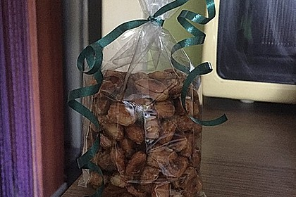 Gebrannte Mandeln mit wenig Zucker 25
