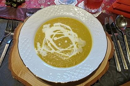 Kürbis - Steckrüben - Suppe mit Curry 2