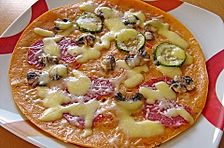 Pizza - Pfannkuchen mit Ajvar