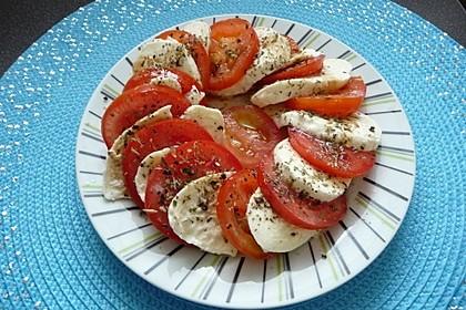 Tomaten - Mozzarella - Salat 2
