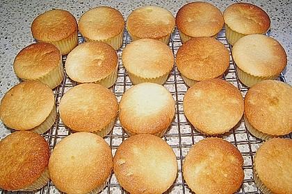 Saftiger Zitronenkuchen 135