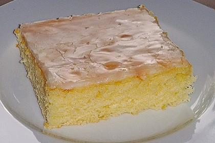 Saftiger Zitronenkuchen 14