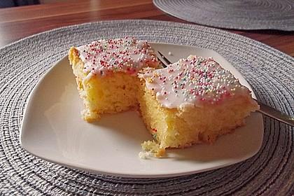 Saftiger Zitronenkuchen 16