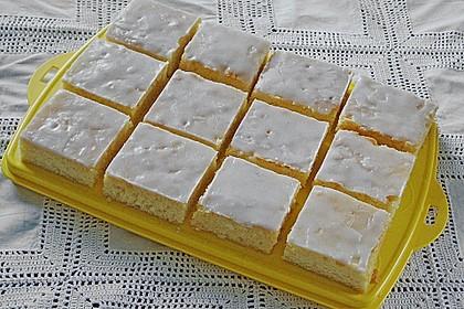 Saftiger Zitronenkuchen 7