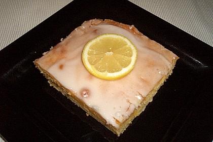 Saftiger Zitronenkuchen 86