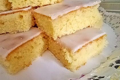 Saftiger Zitronenkuchen 83