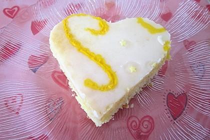 Saftiger Zitronenkuchen 1