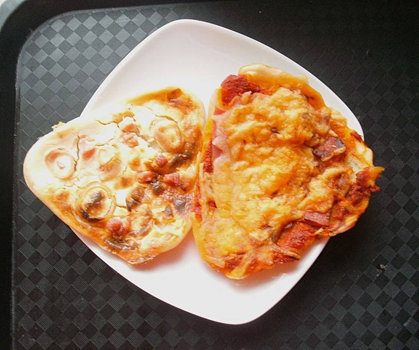 raclette flammkuchen rezept mit bild von cookingjulie. Black Bedroom Furniture Sets. Home Design Ideas