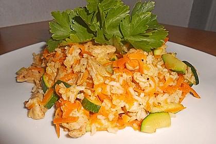 Zucchini - Reispfanne mit Möhren und Huhn 1