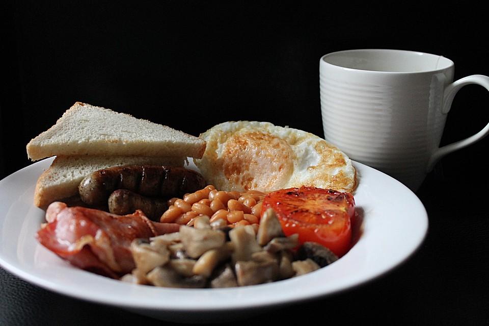 full english breakfast rezept mit bild von handsabumsadaisy. Black Bedroom Furniture Sets. Home Design Ideas