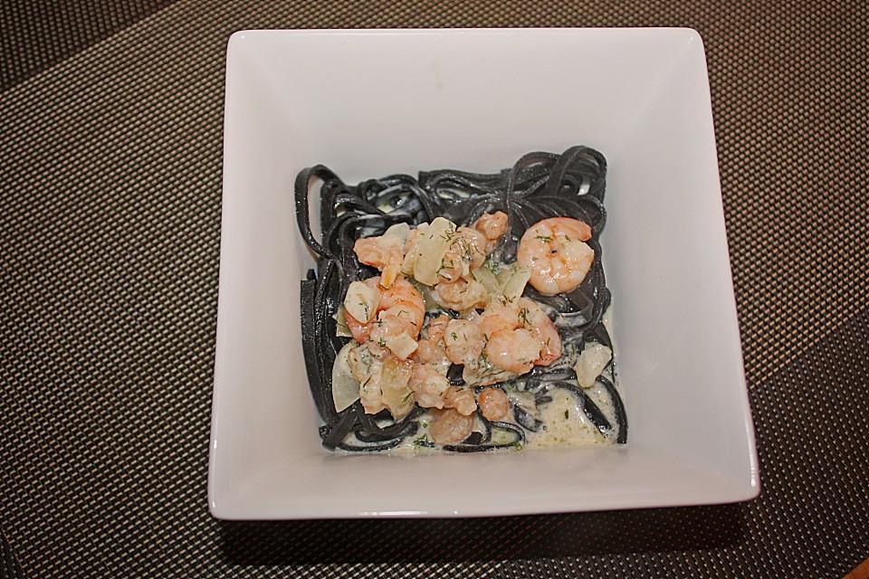 schwarze nudeln mit scampis und lachs rezept mit bild. Black Bedroom Furniture Sets. Home Design Ideas