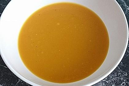Fruchtige Kürbissuppe 4