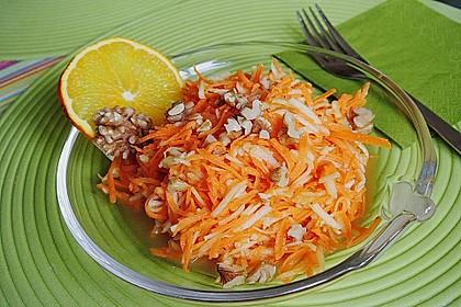Möhren - Apfel - Salat mit Orangendressing und Walnüsse 1