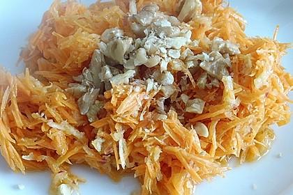 Möhren - Apfel - Salat mit Orangendressing und Walnüsse 12