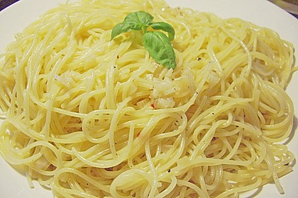 Spaghetti aglio olio 21
