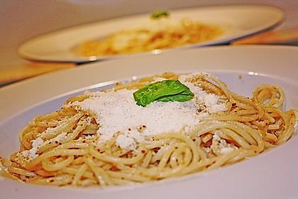 Spaghetti aglio olio 14