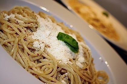 Spaghetti aglio olio 16