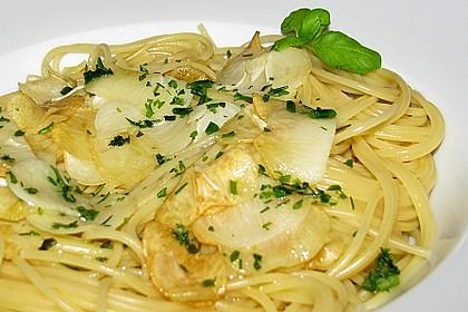 Spaghetti aglio olio 12