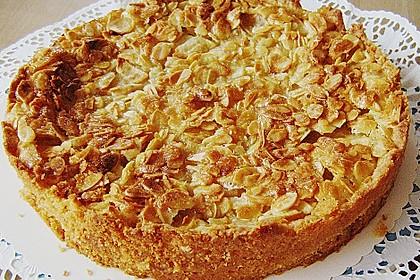 Apfelkuchen mit Mandelguss 4