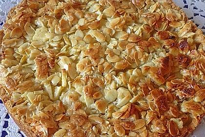 Apfelkuchen mit Mandelguss 9