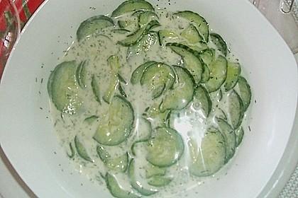 Gurkensalat mit Dill 1