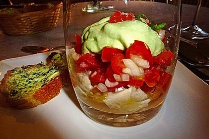 Bärlauchespuma auf Tomaten- Forellen - Salat 2