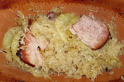Kasseler mit Sauerkraut aus dem Römertopf 14