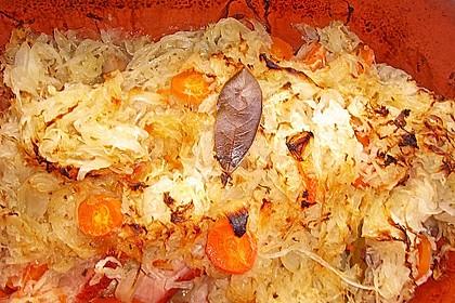 Kasseler mit Sauerkraut aus dem Römertopf 16