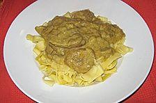 Schweinefilet in Bananen - Curry - Sauce an Tagliatelle