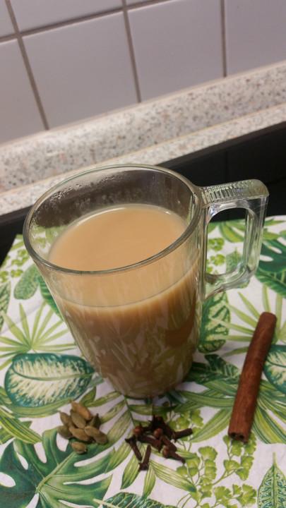 chai tea latte hausgemacht von pustefixxi. Black Bedroom Furniture Sets. Home Design Ideas