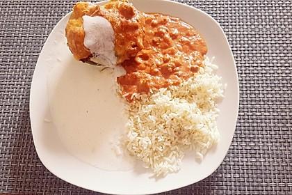 Gefüllte Paprika mit Joghurtsauce 57