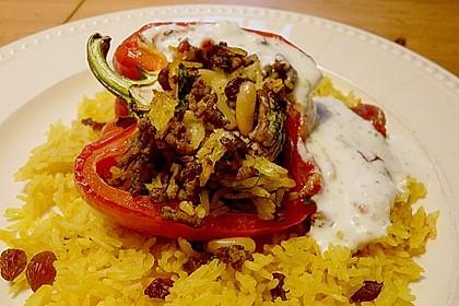 Gefüllte Paprika mit Joghurtsauce 4