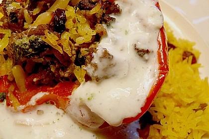 Gefüllte Paprika mit Joghurtsauce 8