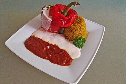 Gefüllte Paprika mit Joghurtsauce 2