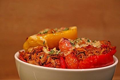 Gefüllte Paprika mit Joghurtsauce 7