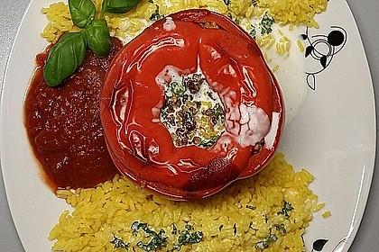 Gefüllte Paprika mit Joghurtsauce 13