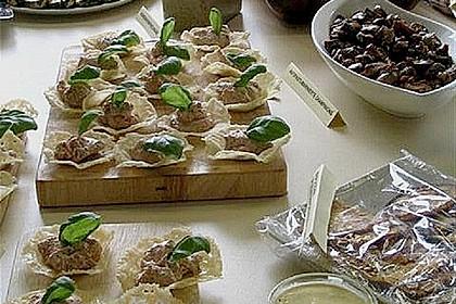 Ziegenkäsecreme in Parmesanhippen 3