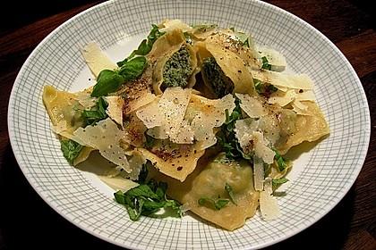 Ravioli selbstgemacht - mit Schinken - Spinat - Parmesan - Füllung