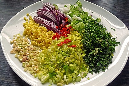 Laab Gai - Thailändischer Hähnchensalat 6