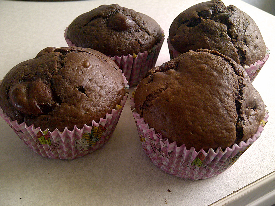 rezept backofen schoko kirsch muffins. Black Bedroom Furniture Sets. Home Design Ideas