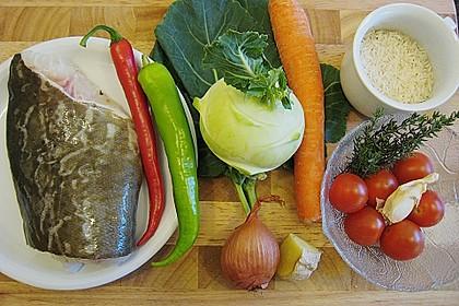 Skreitranche auf der Haut gebraten mit Schmortomaten  auf Ingwer - Gemüse - Reis 0