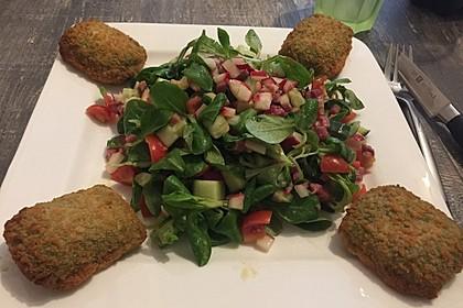 Gemischter Feldsalat mit Himbeeressig - Dressing 4