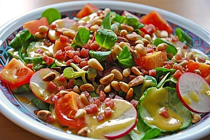 Gemischter Feldsalat mit Himbeeressig - Dressing 2