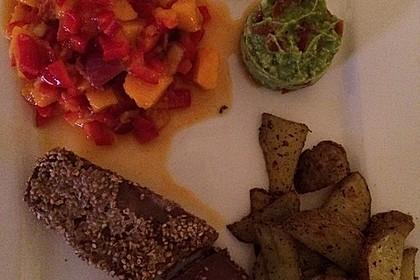 Thunfischfilet in Zimt-Sesam-Kruste auf Chili-Mango-Salat 26